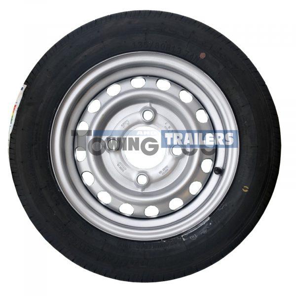 135x80R13 4PLY 74N Trailer Tyre 4 Stud 130mm PCD ET20