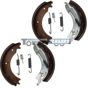 Knott 300 x 60mm auto reverse trailer brake shoe kit